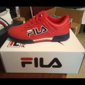 like new only wore 4 times . size 6